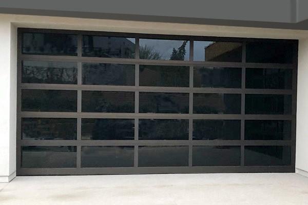 Alumadoor Manufacturing Full View Aluminum And Glass